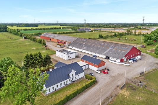Landejendom på Hellevadvej i Rødekro - Luftfoto