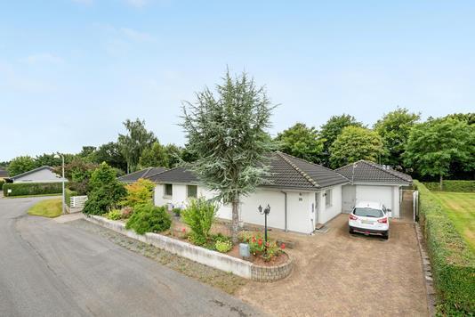 Villa på Enghaven i Rødekro - Ejendommen