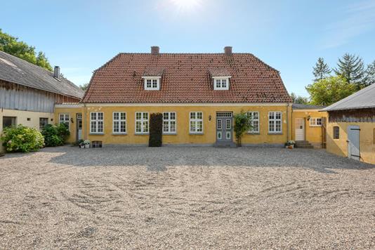 Landejendom på Sønderborgvej i Aabenraa - Ejendommen