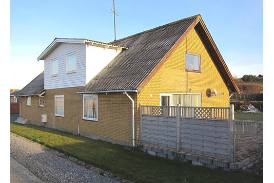Villa på Ternevej i Løgstør - Ejendommen