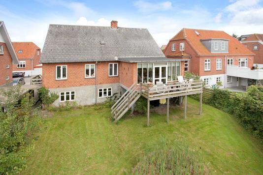 Villa på Juulsgade i Løgstør - Ejendommen