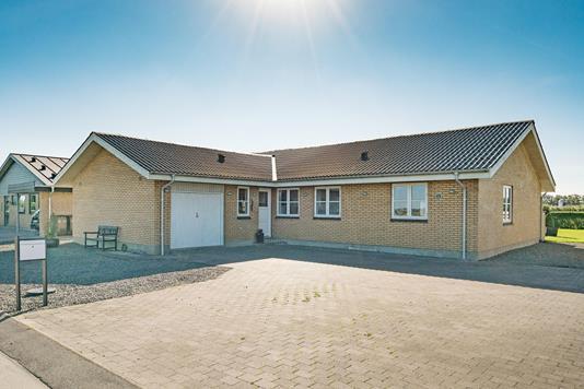 Villa på Skovbakkevej i Løgstør - Ejendommen
