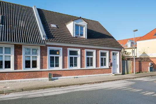 Villa på Østergade i Løgstør - Ejendommen