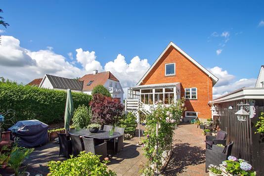 Villa på Sønderport i Løgstør - Ejendommen