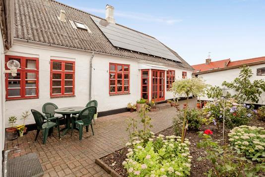 Villa på Toftegade i Løgstør - Ejendommen