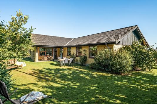 Villa på Hvedemarken i Løgstør - Ejendommen