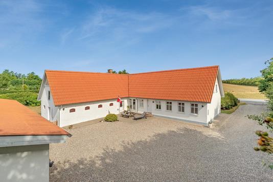 Landejendom på Aalborgvej i Løgstør - Ejendommen