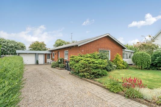 Villa på Sparevej i Løgstør - Ejendommen