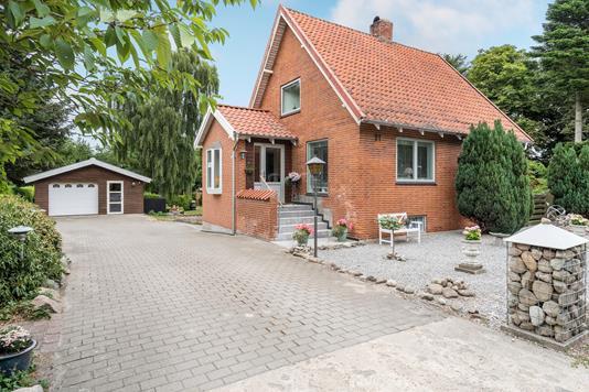 Villa på Aalborgvej i Løgstør - Ejendommen