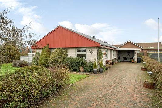 Villa på Bygmarken i Løgstør - Ejendommen