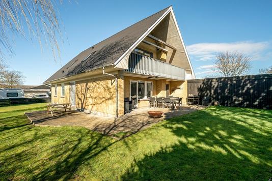 Villa på Rugmarken i Løgstør - Ejendommen