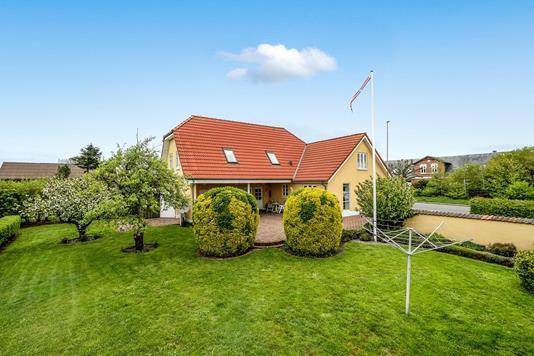 Villa på Viborgvej i Løgstør - Ejendommen