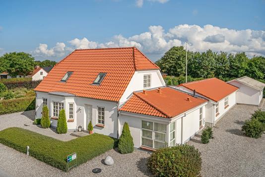 Villa på Kornumvej i Løgstør - Ejendommen