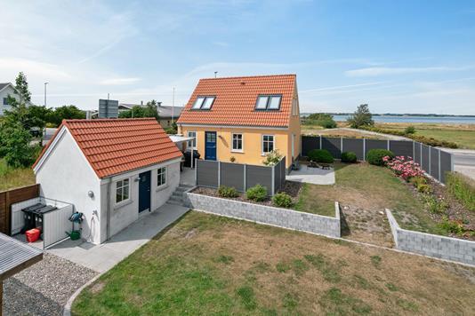 Villa på Bredgade i Løgstør - Ejendommen