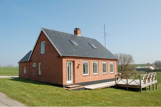 Villa på Kanalvej i Augustenborg - Ejendommen