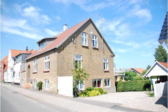 Villa på Kastanie Alle i Augustenborg - Ejendommen
