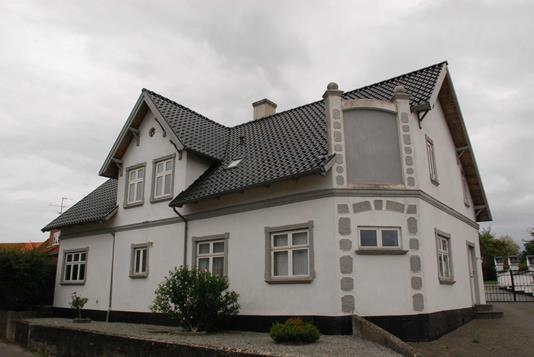 Villa på Lykkevej i Augustenborg - Ejendommen