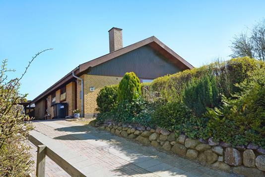 Villa på Møllebakken i Nordborg - Ejendommen