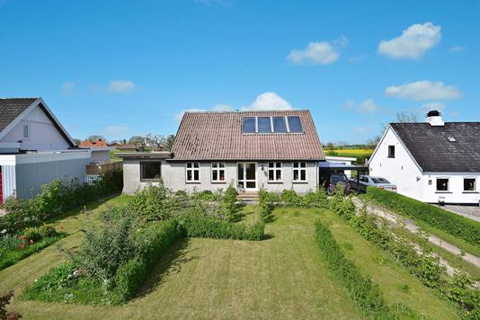 Villa på Skadebjergvej i Nordborg - Ejendommen