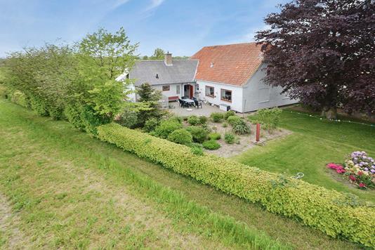 Villa på Nørre Landevej i Sydals - Ejendommen