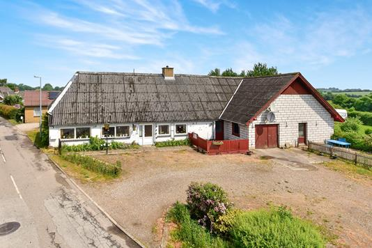 Villa på Arnbjergvej i Nordborg - Ejendom 1