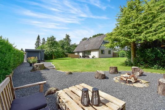Villa på Enebærvej i Nordborg - Ejendommen