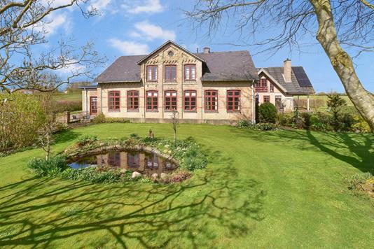 Villa på Lysabildgade i Sydals - Ejendommen