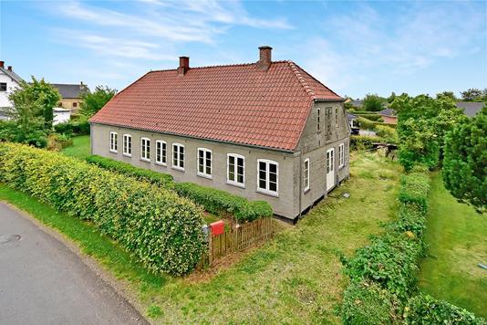 Villa på Sjellerupvej i Nordborg - Ejendommen