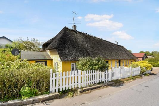 Villa på Bygaden i Augustenborg - Ejendom 1