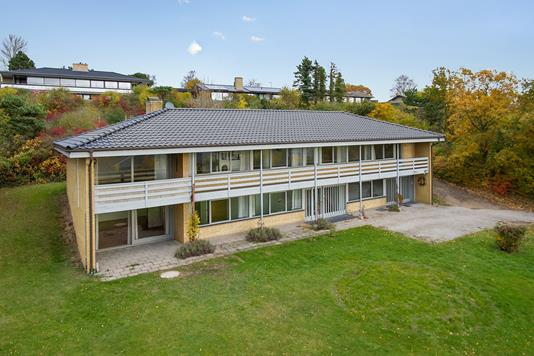 Villa på Munkebakken i Kalundborg - Ejendommen