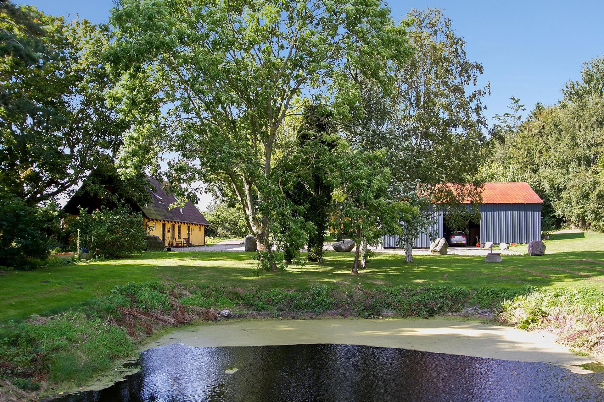 Landejendom på Mellemvangsvej i Kalundborg - Ejendommen