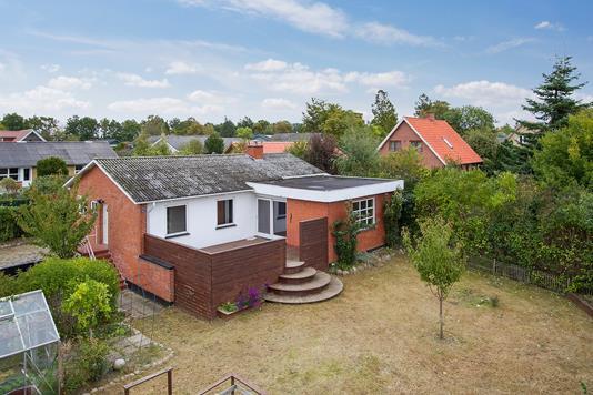 Villa på Bygaden i Jerslev Sjælland - Ejendommen