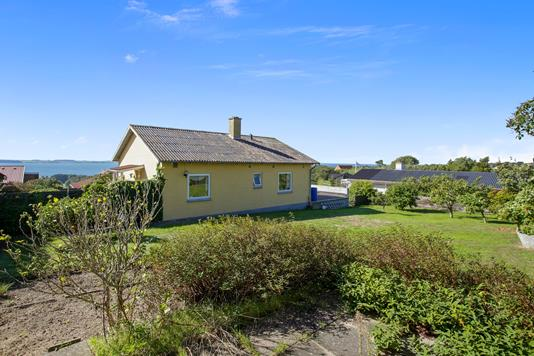 Villa på Gyvelbakken i Kalundborg - Set fra vejen