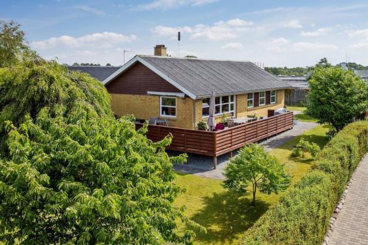 Villa på Lynggårdsbakken i Kalundborg - Set fra vejen