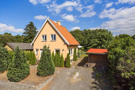 Villa på Fabrikvej i Svebølle - Set fra vejen