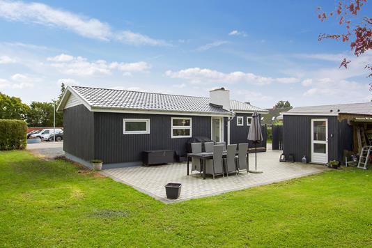 Villa på Skolevej i Jerslev Sjælland - Set fra haven