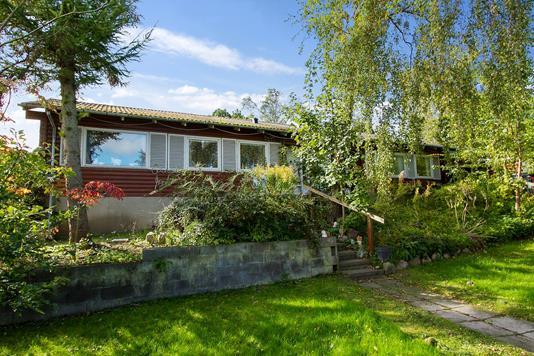 Villa på Trøjeløkkevej i Kalundborg - Set fra haven