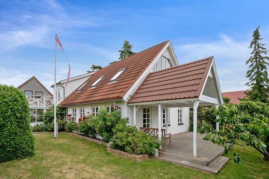 Villa på Hestehavebakken i Kalundborg - Set fra haven