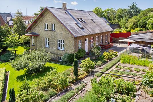 Villa på Sct Jørgensbjerg i Kalundborg - Set fra haven
