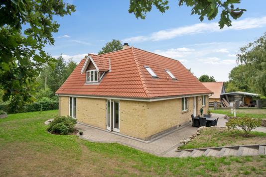Villa på Krogen i Jerslev Sjælland - Set fra haven