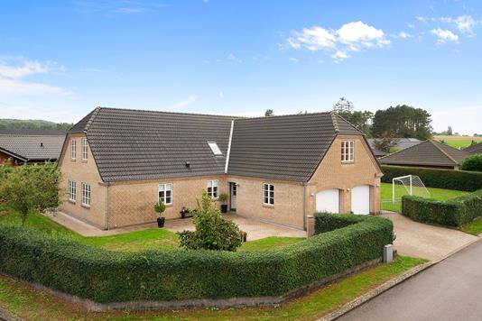 Villa på Lavendelvej i Svebølle - Set fra vejen