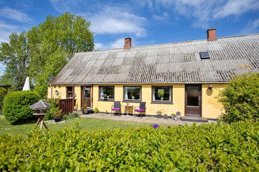 Villa på Huslodsvej i Gørlev - Set fra haven