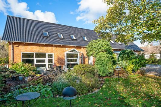 Villa på Eskebjerg Strandvej i Eskebjerg - Set fra haven