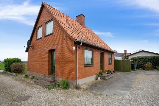 Villa på Alleshavevej i Eskebjerg - Set fra vejen