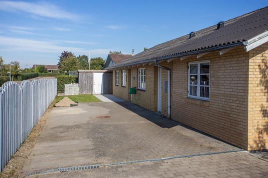 Villa på Bymarken i Jerslev Sjælland - Set fra vejen