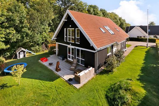 Villa på Villestoftemarken i Odense NV - Have