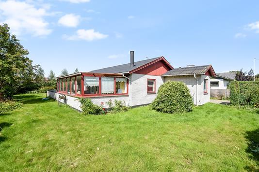 Villa på Arendalsvænget i Agedrup - Ejendommen