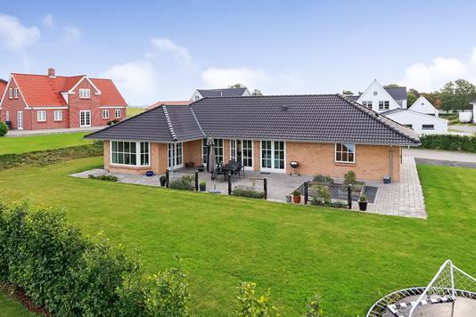 Villa på Højen i Munkebo - Have