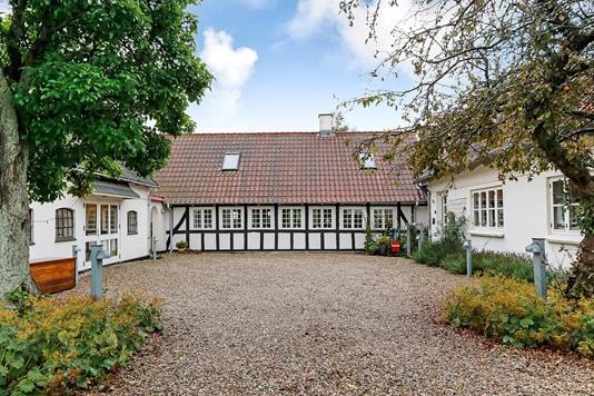 Villa på Fraugde-Kærby-Vej i Odense SØ - Ejendommen