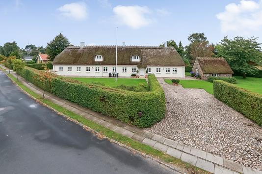 Villa på Næsset i Munkebo - Ejendommen